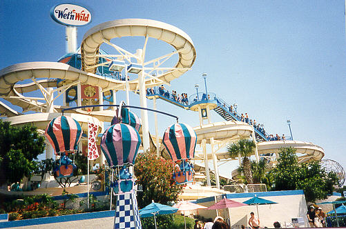 Wet 'n Wild Orlando - Loads of fun water slides in International Drive