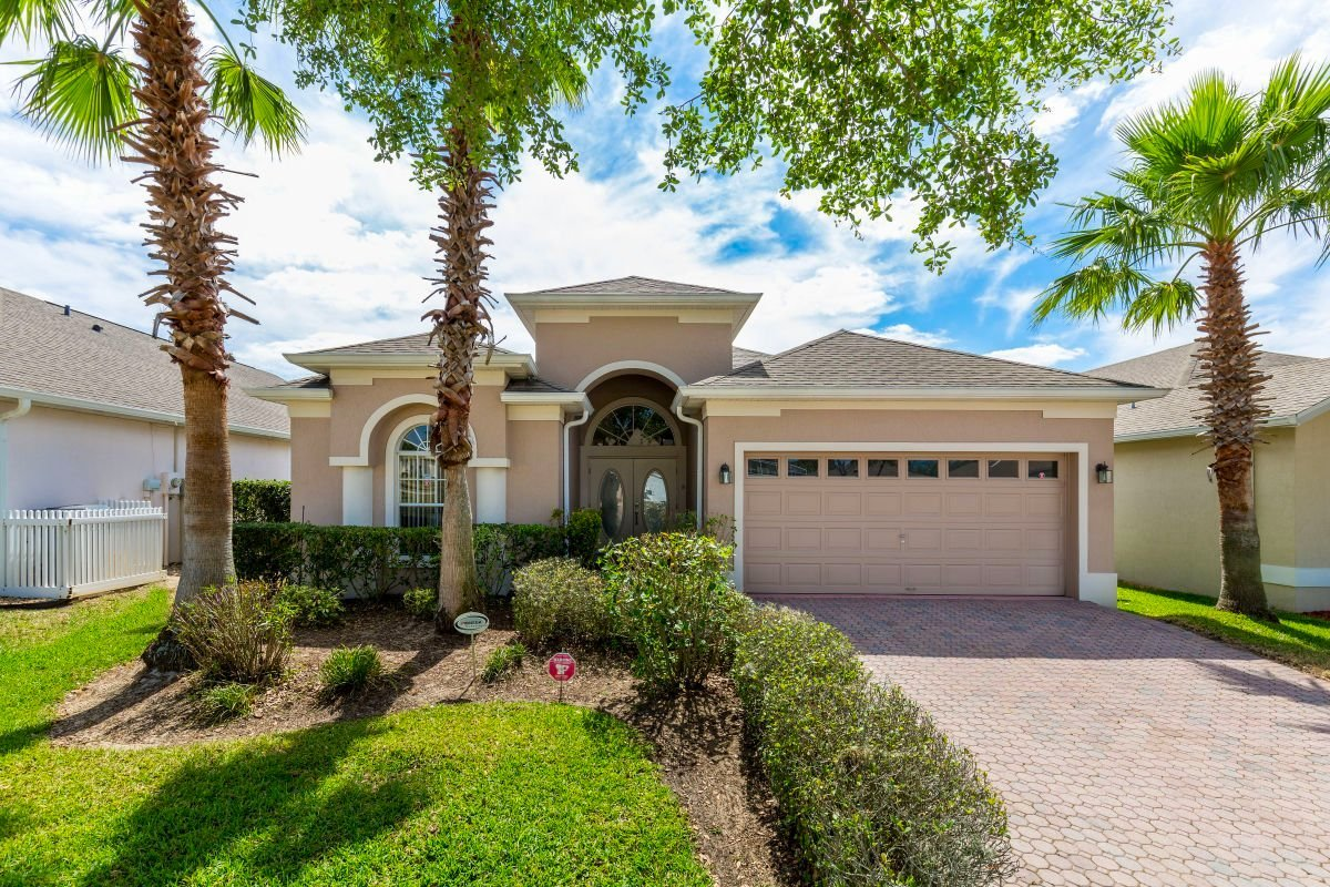 Buy your own villa in Orlando