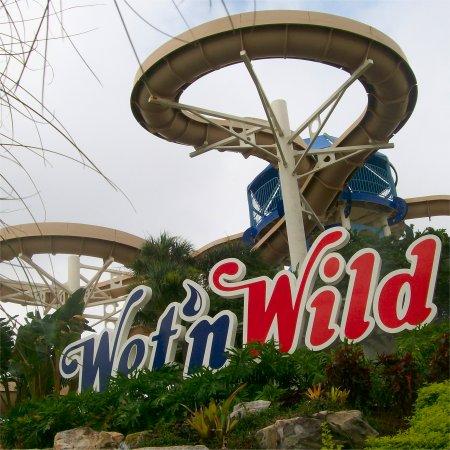 Wet 'n Wild Orlando Water Park