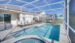 Pool deck with 6 sun loungers - www.iwantavilla.com is your first choice of Villa rentals in Orlando direct with owner