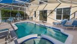 Orlando Villa for rent direct from owner, check out the Pool deck with 6 sun loungers & patio table with parasol & 6 chairs
