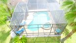Villa rentals in Orlando, check out the Stunning large pool and deck area