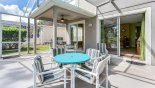 Additional patio table with extra 4 chairs from Highlands Reserve rental Villa direct from owner