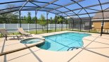 Large south facing pool & spa with 2 sun loungers - www.iwantavilla.com is the best in Orlando vacation Villa rentals