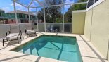Pool deck with 2 sun loungers - www.iwantavilla.com is your first choice of Townhouse rentals in Orlando direct with owner