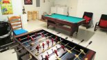 Spacious rental Sandy Ridge Villa in Orlando complete with stunning Games room with pool table & table foosball - laundry facilities to rear