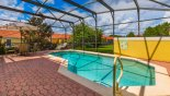 Orlando Townhouse for rent direct from owner, check out the Sunny pool deck