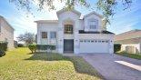 Viw of villa from street from Birchwood 2 Villa for rent in Orlando