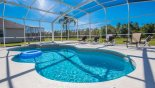 Villa rentals in Orlando, check out the Sparkling pool is very inviting - go on jump in...