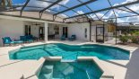 Large south west facing pool & spa - www.iwantavilla.com is your first choice of Villa rentals in Orlando direct with owner