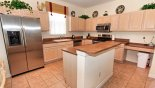Fully fitted kitchen with quality appliances and everything you need with this Orlando Villa for rent direct from owner