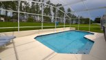 No rear neighbours ensure increased privacy with this Orlando Villa for rent direct from owner
