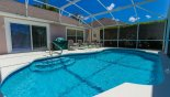 Large pool with safety handrail - www.iwantavilla.com is your first choice of Villa rentals in Orlando direct with owner
