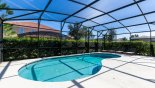 Orlando Villa for rent direct from owner, check out the East facing large pool with privacy hedging to all sides