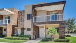 Townhouse rentals in Orlando, check out the View of townhouse from street