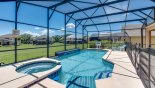 Magna Bay 1 Villa rental near Disney with South facing pool deck with no near rear neighbours & privacy hedging to both sides