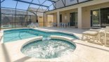 Villa rentals near Disney direct with owner, check out the Nice bubbling spa