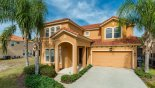 Villa rentals in Orlando, check out the View of villa from street